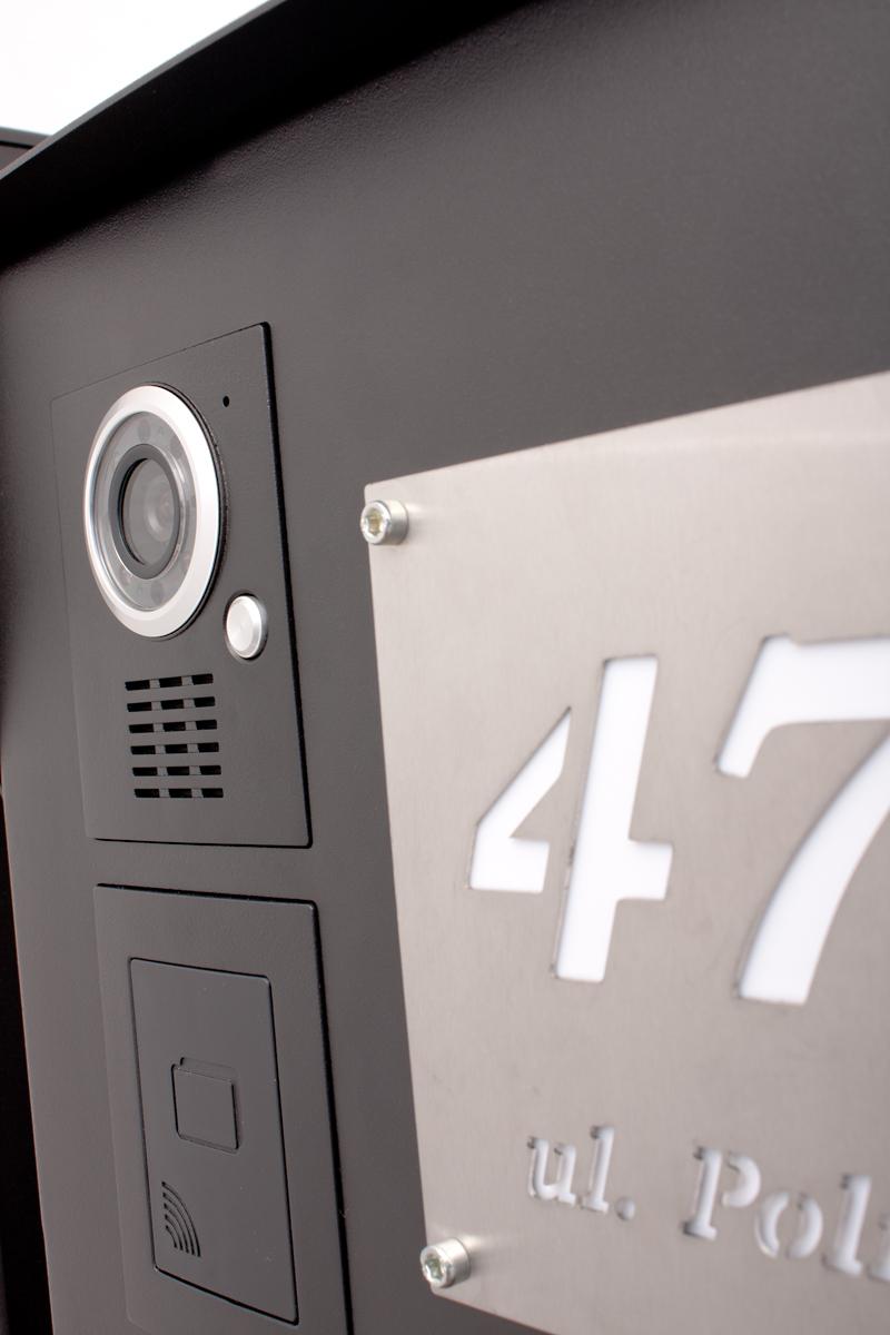 tabliczka inox z numerem domu
